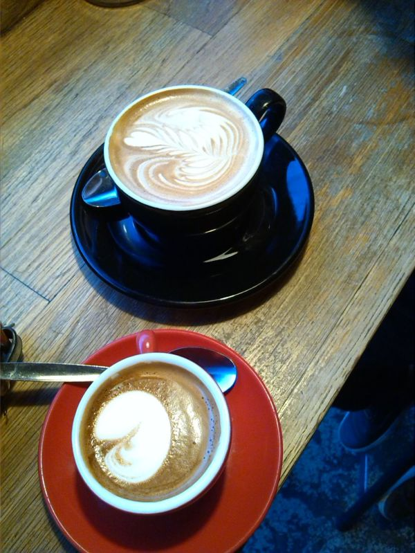Macchiato and Flat White at Shoreditch Grind