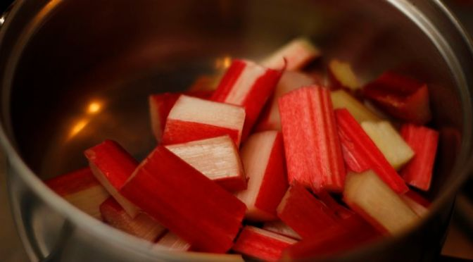 Rhubarb Mini Crumbles