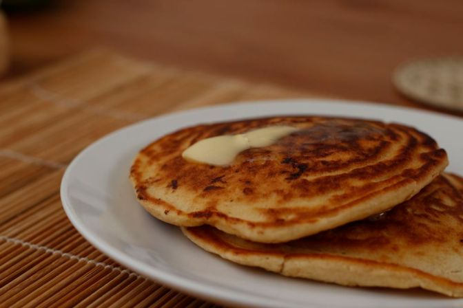 Jumbo Bacon and Apple American-Style Pancakes